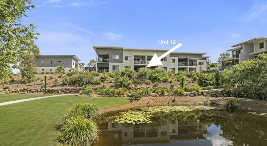 2 Bedroom Petrie on the Park Living