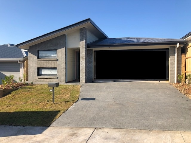 Brand New Burpengary Home Move-in Ready 4 Bed 2Car Garage